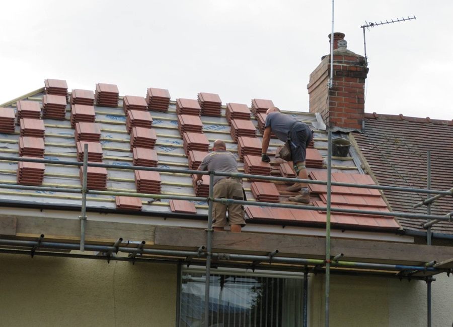 Installing-New-Roof-in-Huddersfield