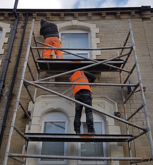 Roofers-Huddersfield