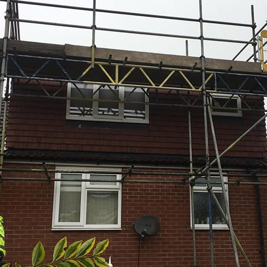 How Much Does Scaffolding Cost for My Roof?
